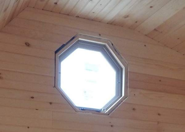 Octagon_window_insulated