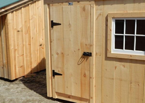 single-pine-door
