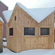 10x14 Bayside with extra windows in a snowy setting