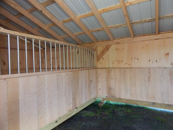 Stall Barn interior partition with steel bar grate