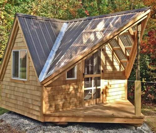 12x14 Writers Haven with rroof and siding upgrades and four season pacakge with insulated windows and door