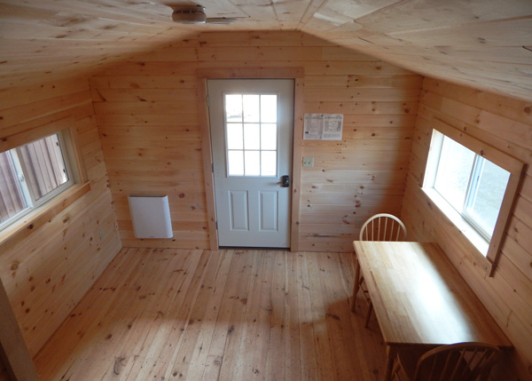 12x20 Home Office - Four Season interior