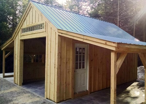 14x20 One Bay Garage with two lean-to overhangs