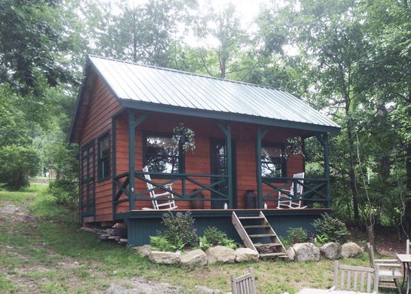 16x20 Vermont Cottage customized with clapboard siding and other cliient made modifications