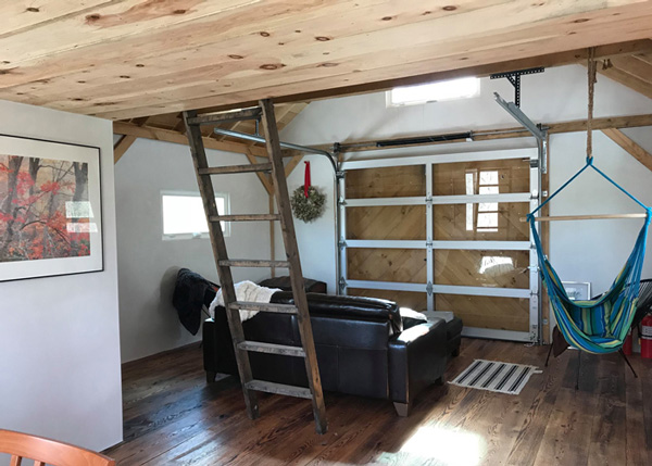 16x24 Custom Four Season Interior