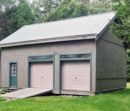 20x30 Two Bay Garage with two 8x1 transom windows and an ash gray corrugated metal roof