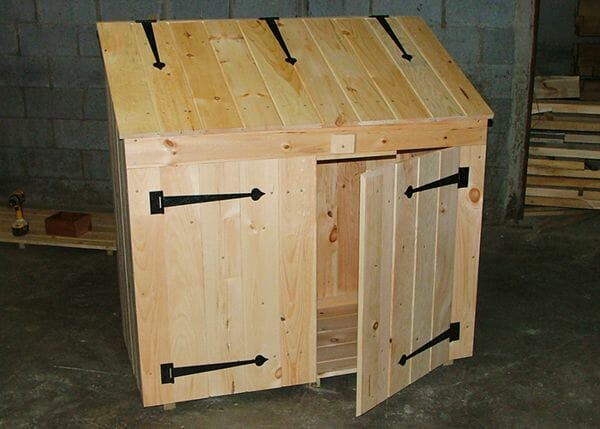 The 2x4 Garbage Bin is a ready to assemble storage solution