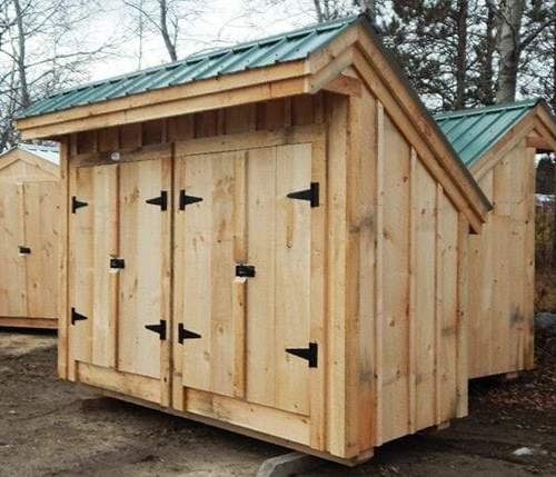 4x10 Garbage Shed with double doors that have black steel hinges and a whitcomb turn latch