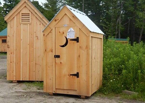 4x4 Outhouse Shed with silver roof