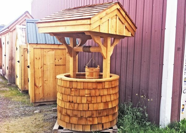 4x4 Wishing Well with cedar siding and wooden pine bucket