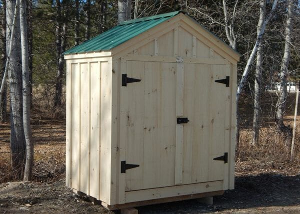 6x4 Utility Shed with Pine Battens