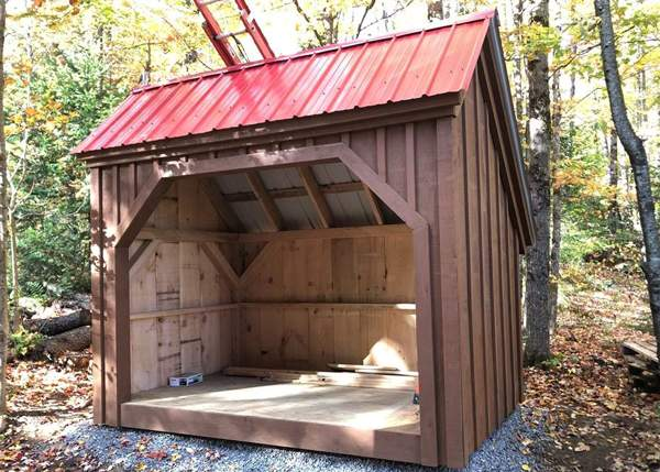 6x10 Woodbin with Autumn Red Roof