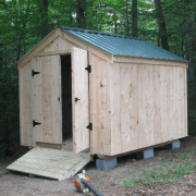 8x10 Vermonter with an Evergreen metal roof
