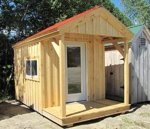 8x14 Nook with red metal roof and four season insulation