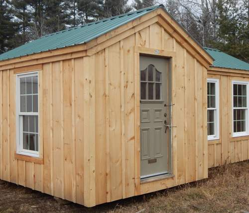 9x20 Insulated Heritage Cabin with custom insulated door and insulated two-pane windows