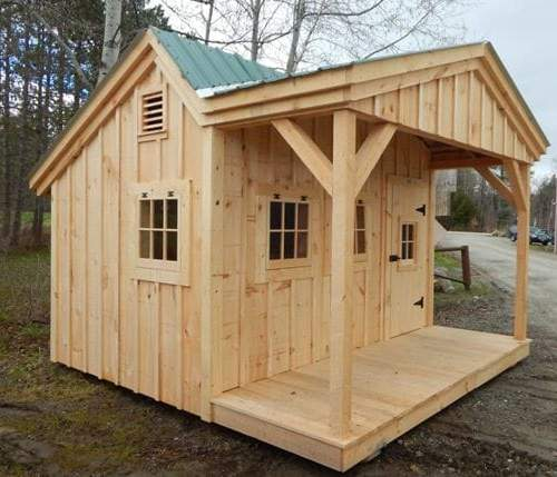 This 12x12 Potting Fort photo shows off a standard build with an extra hinged window.