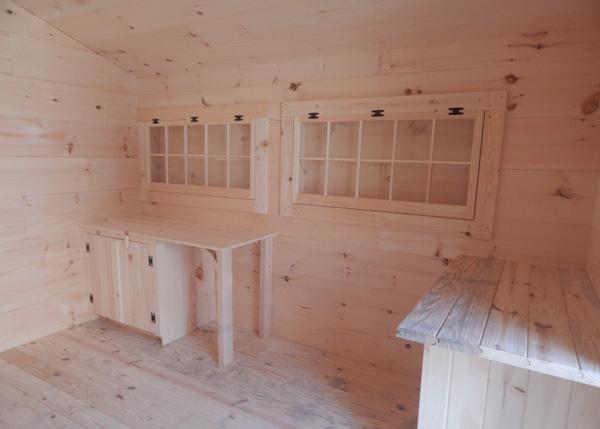 Four Season Love Nest Interior with Customizations
