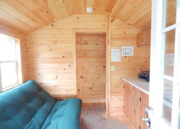 10x16 Pond House Four Season Inteiror - Customized