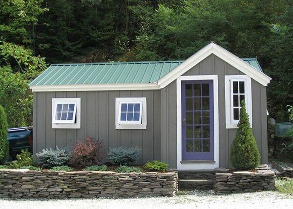 8x18 Heritage with extra windows, custom door and paint