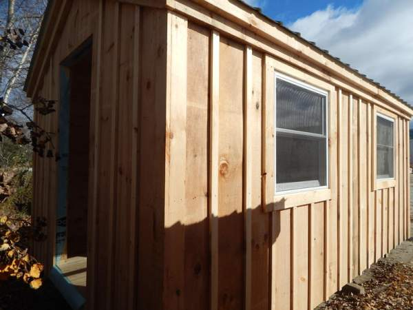 3x2 Insulated Double Hung Windows with screens were installed on this small post and beam art studio build.