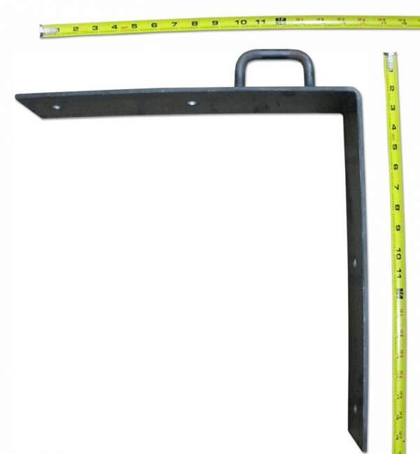 Heavy duty steel corner brackets are used for moving run in sheds from pasture to pasture.