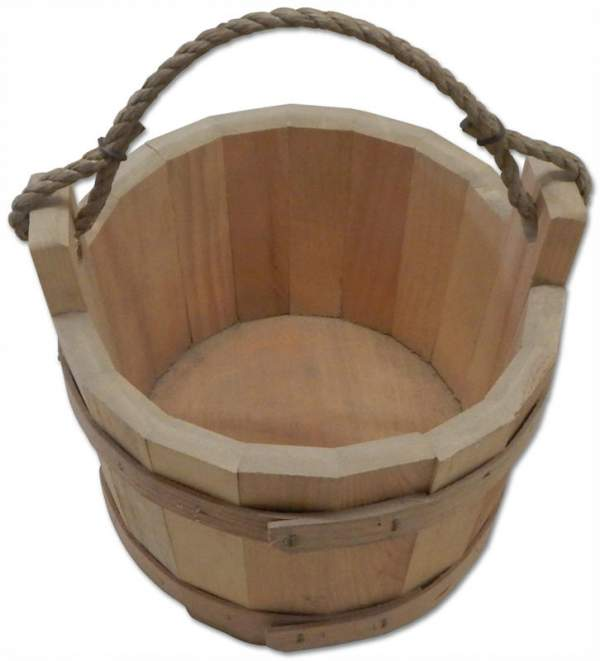 "Eastern White Pine wishing well bucket with 10"" diameter.  Rustic Rope handle."