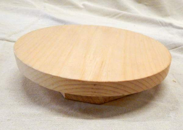 This unfinished wooden lazy susan is made in Vermont