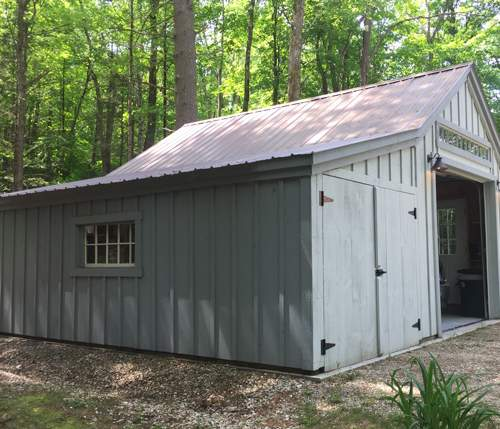 14x20 One Bay Garage with painted Enclosure Overhang Add-On