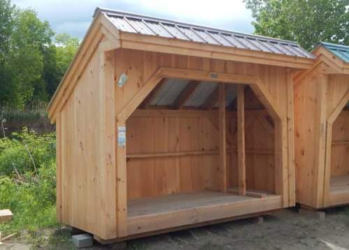 4x10 Woodbin with Tudor Brown Roof