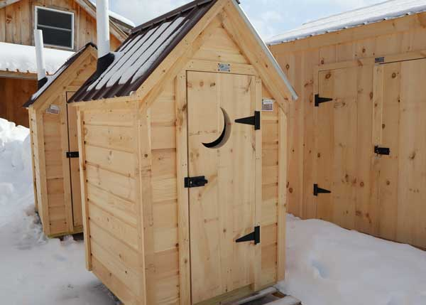4x4 Working Outhouse Custom Build